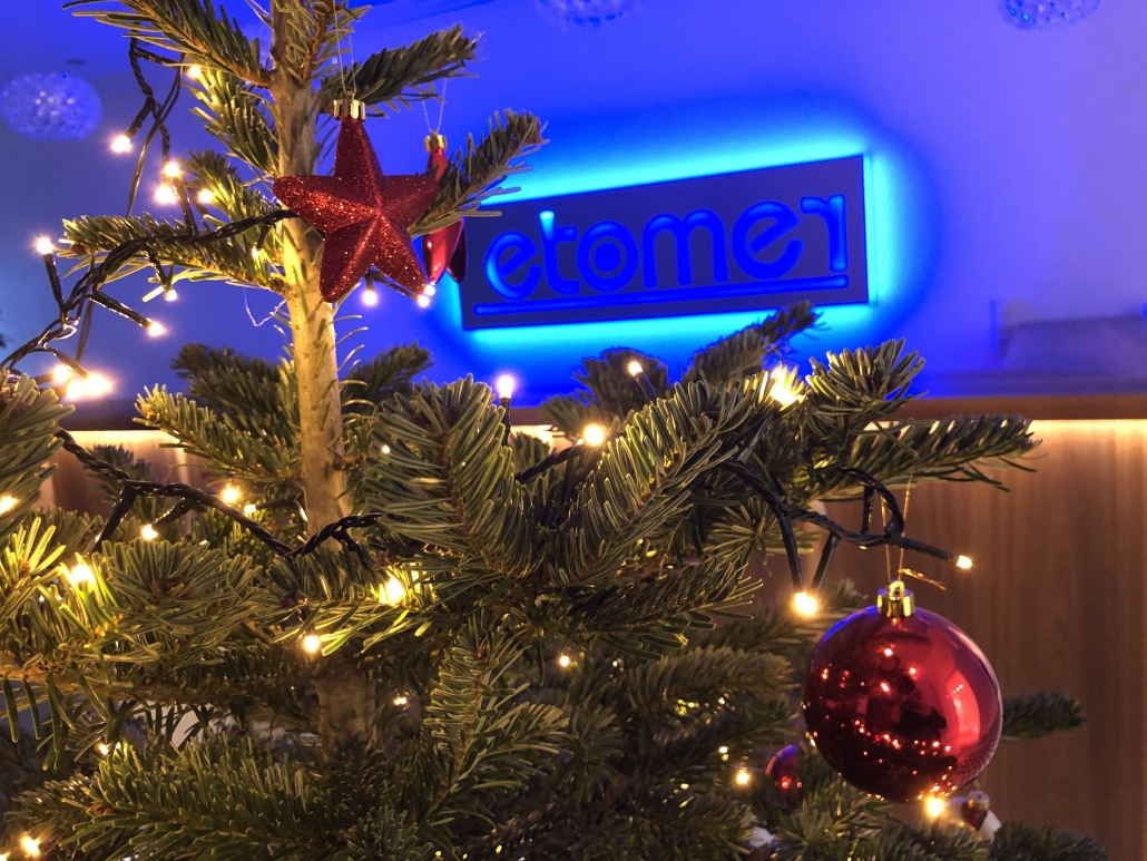 Frohe Weihnachten An Kollegen.Etomer Wünscht Frohe Weihnachten Etomer Gmbh